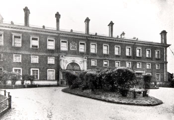 goldsmiths-college-01779-350