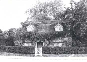 poplar-cottage-01331-350