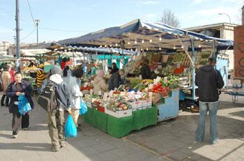 lewisham-market-01-350