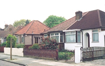 Hammett Bungalows, Lancelot Road, Welling, 2002