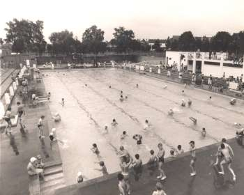 Southlands Road Lido, Bromley Common, 1963