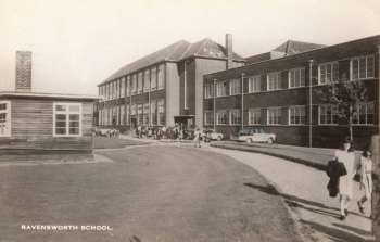 ravensworth-school-00882-350