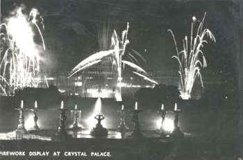 fireworks-00840-350