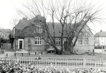 farnborough-primary-sch-01911-350