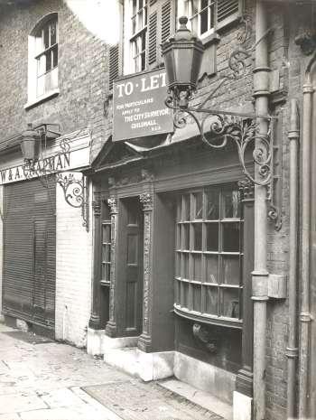 Green Dragon Court, Borough, c. 1930