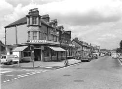Chatterton Road, Bromley Common, photographed in 1974