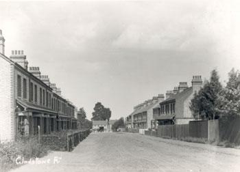 gladstone-road-01914-350