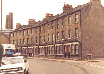 old-woolwich-road-01232-350